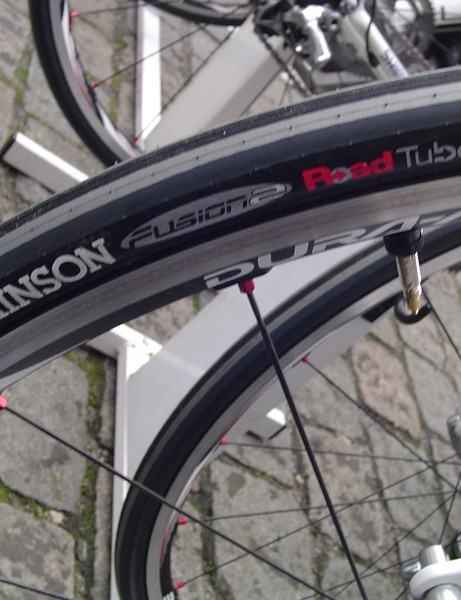 The Road Tubeless concept has been slow to catch on but gave Gilbert with cobble-beating traction