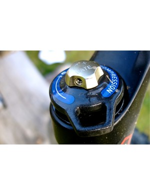 Note SRAM colours- Gate is always gold, compression always blue and rebound always red