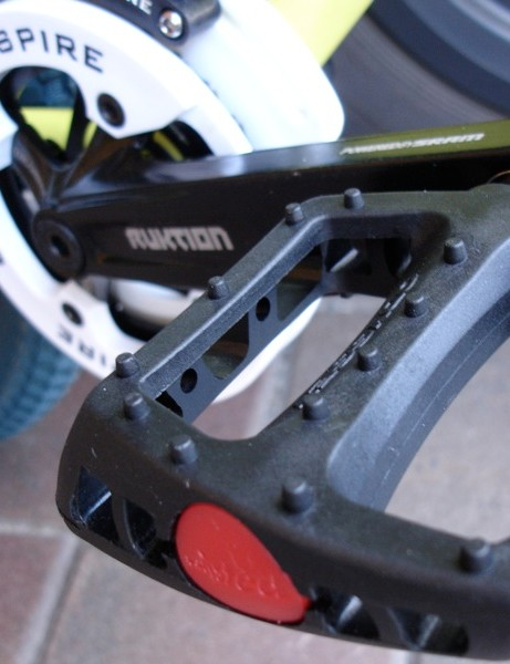 Plastic pedals don't make noise. Perfect for the Street Nuggets