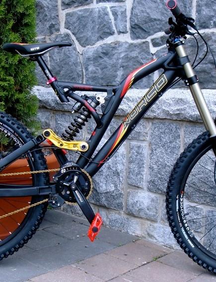 Norco's base DH bike, back in black