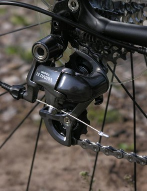 Shimano Ultegra SL rear mech is an unusual but sleek choice