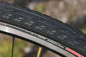 Versatile Specialized Borough tyres
