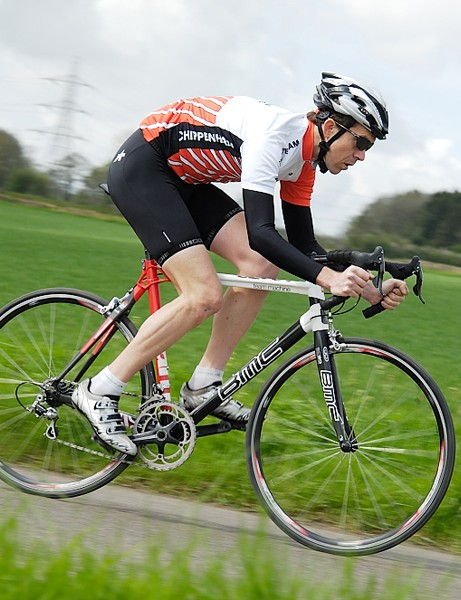 On the flat, the BMC delivers a smooth, responsive ride