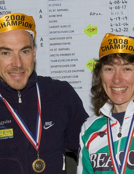 National 100 champions: KEvin Dawson and Ruth Eyles