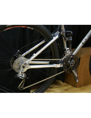 …mated to a Ventana aluminium rear end