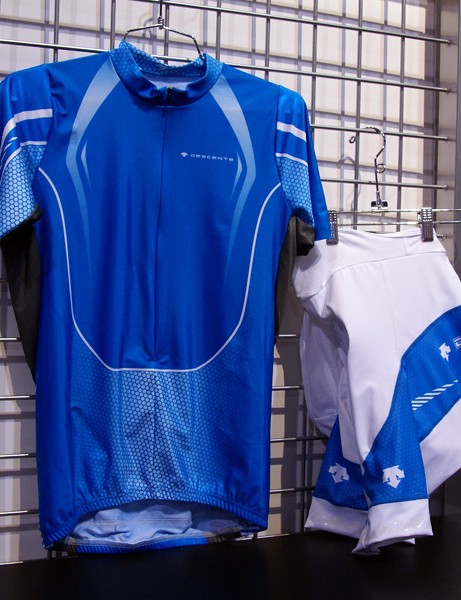 The Descente Slipstream line is intended for those looking for a bolder look.