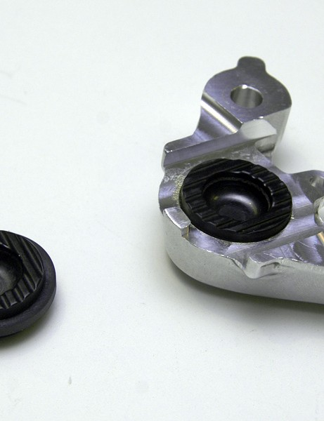 Grooved pistons also allow for a bit of cooling air to access behind the pad backing plates.