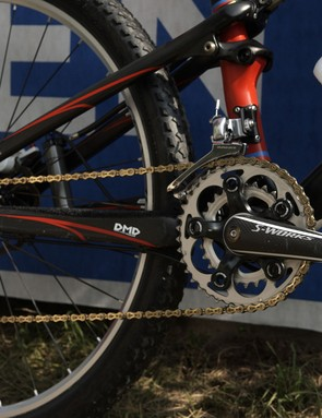 The drivetrain featured a more refined crank spider