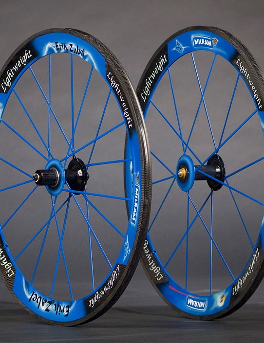 Want custom-painted Lightweight wheels like Erik Zabel…