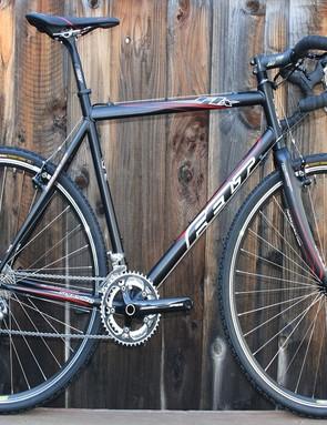 Felt's F1X cyclo-cross model.