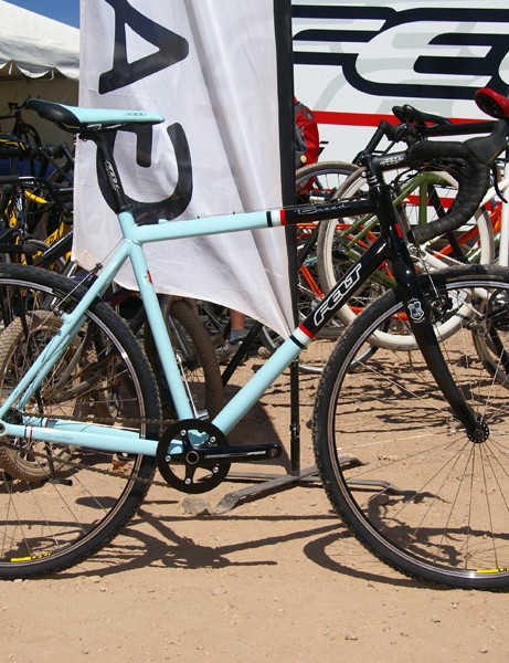 Felt will offer four 'cross bikes for '09 including the rather intriguing Breed.