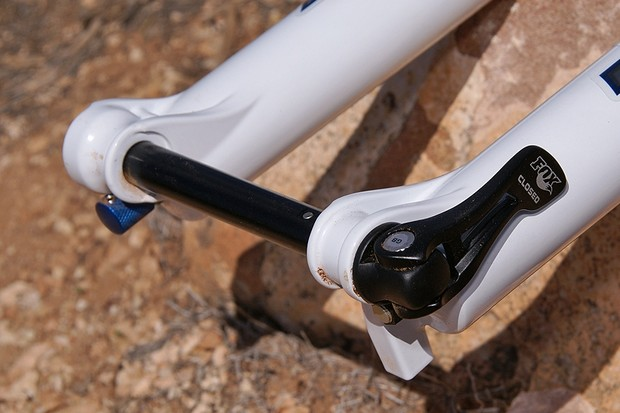 Fox and Shimano say the 15QR system is lighter than 20mm but stiffer than 9mm quick release setups
