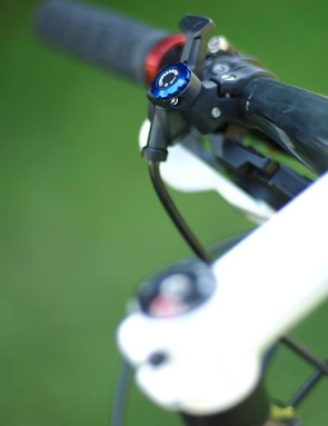 … and so can the RockShox SID, making the 9.9 SSL fully rigid for climbs and sprints