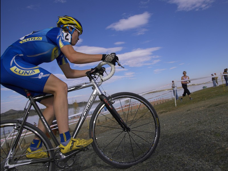 Georgia Gould powers through the gravel on her Orbea Lobular cyclo-cross bike