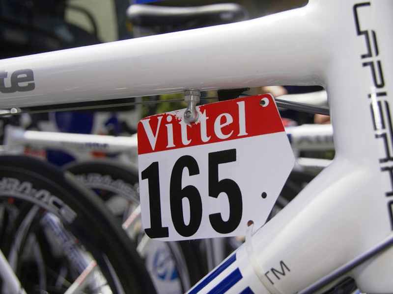 Lapierre's number holders	are the only ones we saw that used a traditional top tube mount.