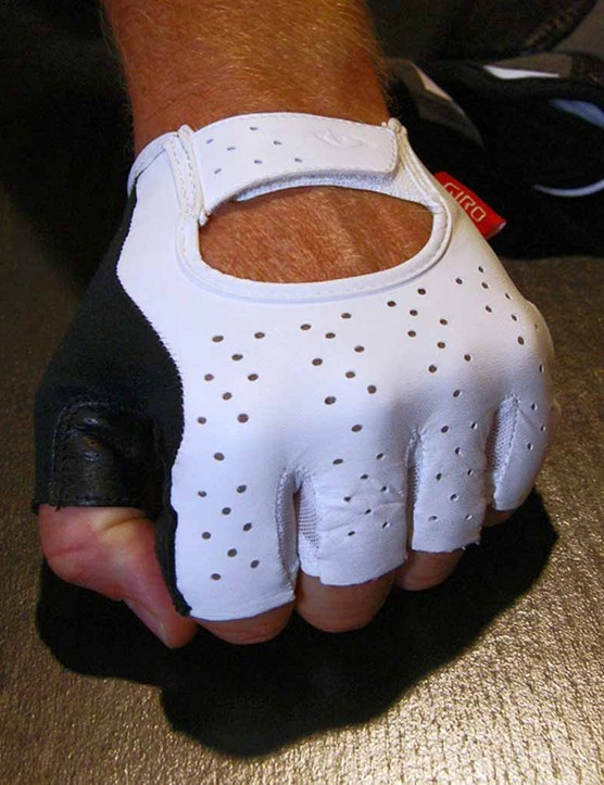 Giro also launched its new new line of cycling gloves which is topped by the luxurious Lusso road model.