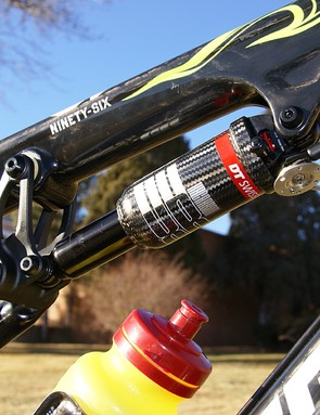 More carbon fiber can be found in the DT Swiss XR Carbon rear shock.