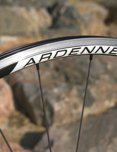 The key to the Ardennes' performance is the wider 'C2' rim extrusion which delivers on its promise of better grip and improved ride quality.