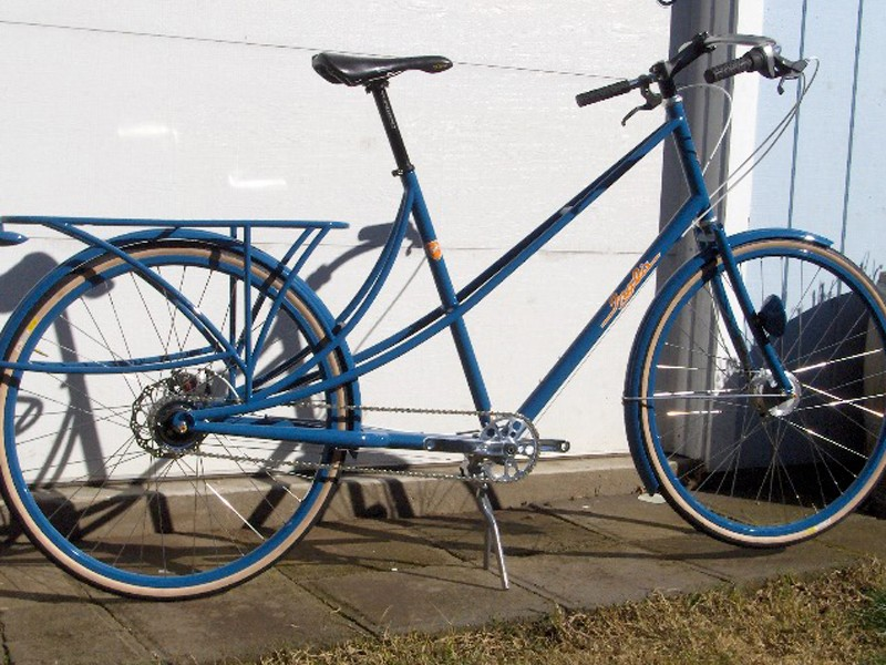 Retrotec: step through work bike