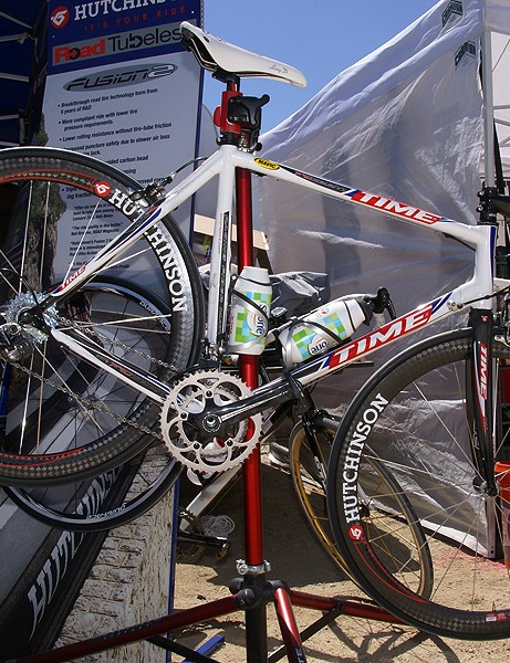 Hutchinson and Corima teamed up to create the Road Tubeless-compatible RT1 wheelset.