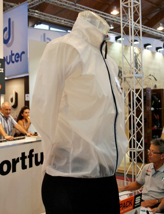 The Hot Pack jacket was designed with riding events like the Granfondo Sportful in mind.