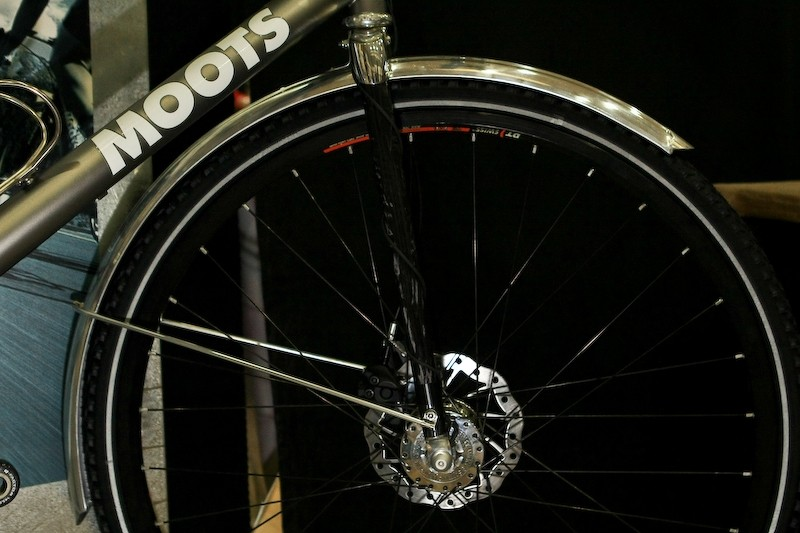 Wound-Up has introduced a light touring/commuter fork model that comes equipped with mudguard mounts