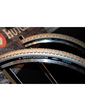 Hutchinson is also going tubeless for cyclocross with the new Piranha for fast dry courses.