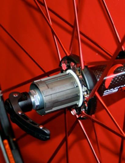 Fulcrum rear wheels still use a 2:1 ratio spoke pattern.