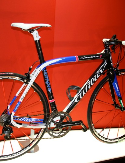 The Cento Uno is the frame used by Damiano Cunego's Lampre team.