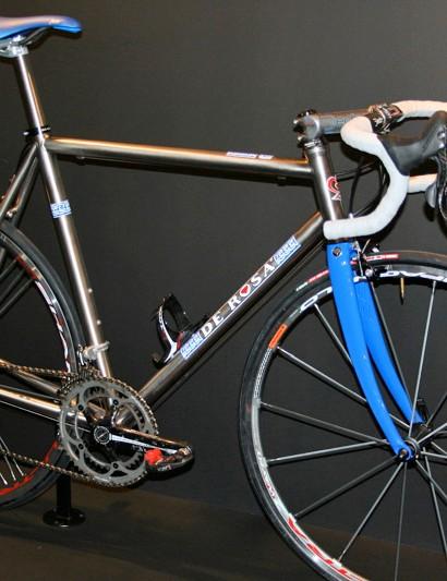 With frames like the Titanio 3.2,5 DeRosa has products in carbon, aluminium, titanium…