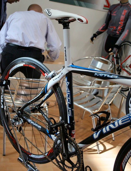 The Mitus Plus has an integrated seat post and is available made to measure.