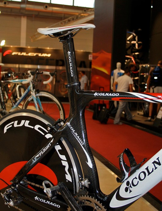 The Flight comes with two aero-section seatposts for either time trials or triathlons.