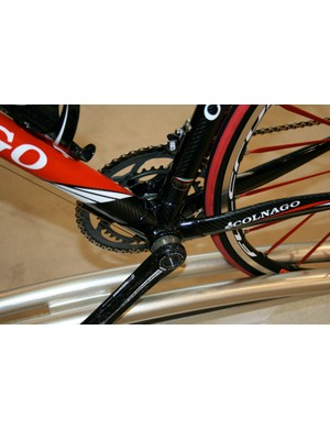 The EPS has a bigger and stiffer bottom bracket area than the Extreme Power but is still a tube-and-lug frame.