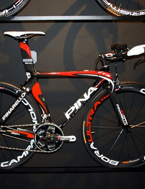 The new Pinarello FT3 triathlon frame is identical to the existing FT1, but uses the same carbon fibre as the Prince.