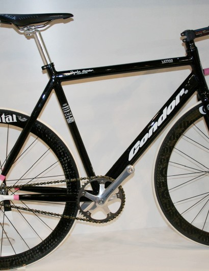 The Condor Lavoro comes in a similar team issue paint scheme.