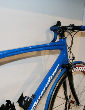 The Baracchi's top tube keeps its contoured styling for 2009.