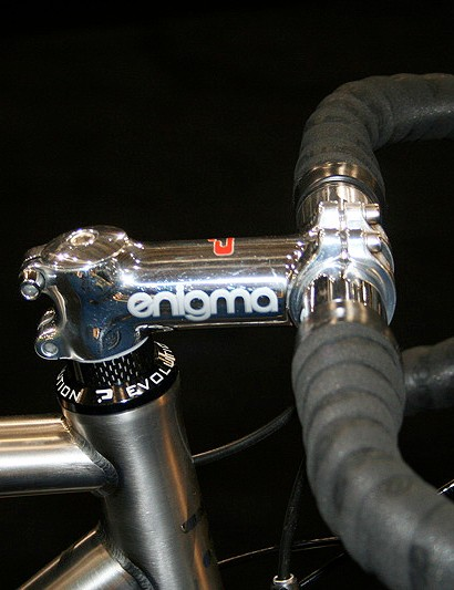From the Enigma Lab comes an in-house mirror polished stem.