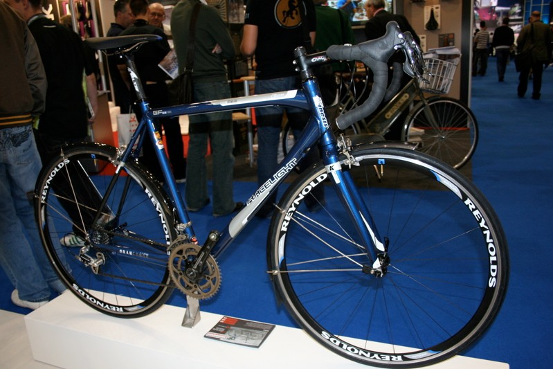 The Kinesis Gran Fondo is made from flared and butted Easton GX2 scandium tubing.