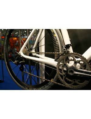 Moderately oversized chain stays help maintain rear end rigidity for the Pearson Carbon Pro.