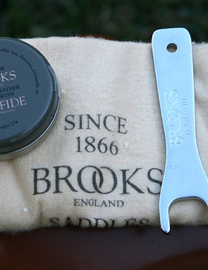 Brooks also includes a tin of Proofide, a polishing cloth and a spanner for the tension nut.