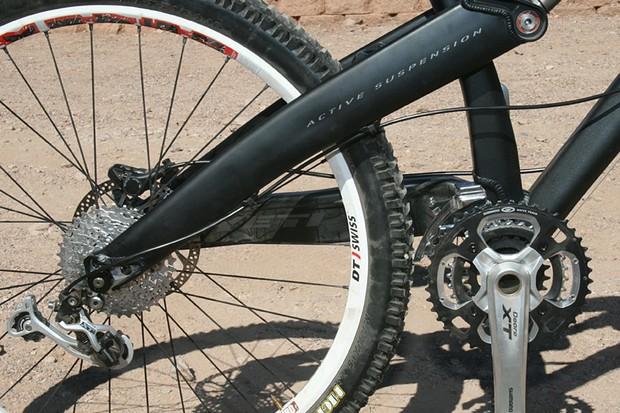 What no chainstay? The new Yeti Seven sheds a frame member to solve problems.