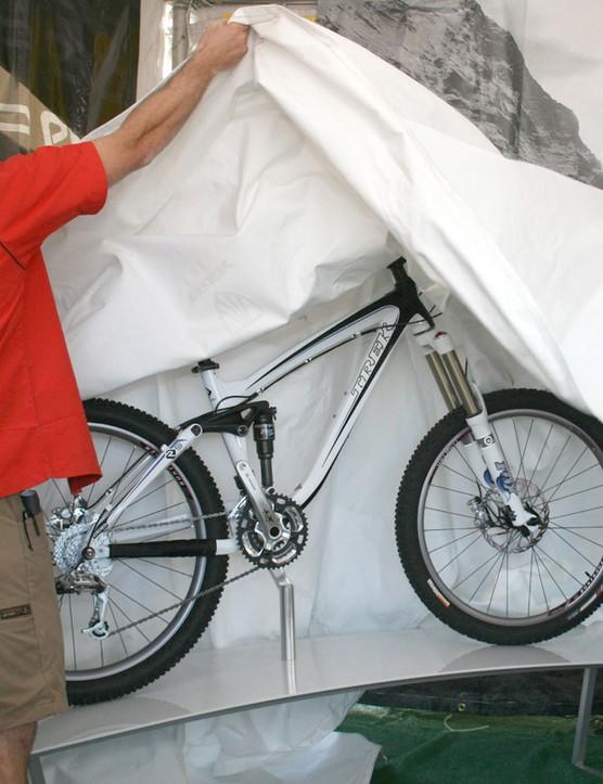 Trek staff unveil the new Remedy