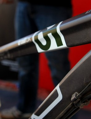 As usual, the top tube bears the signature 'T'-shaped cross section that we've come to expect from BMC.