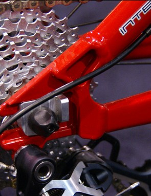 Horizontal dropouts allow for singlespeed use if desired.