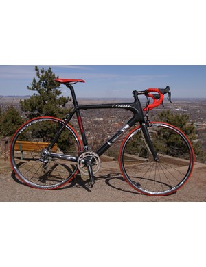Isaac's carbon Sonic frame is just 990g but its giant tube proportions suggest it's still very stiff
