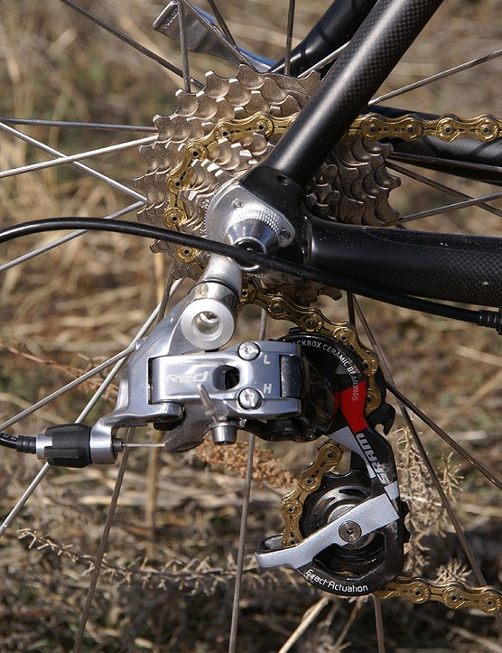 The rear derailleur includes ceramic bearing pulleys as standard equipment.