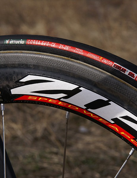 Zipp 404 carbon wheels and Vittoria Open Corsa CX tubulars make for an especially potent package.