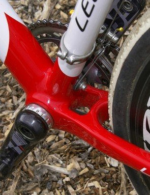 The bottom bracket shell and chain stays are built as a single unit for rigidity. There's also no shelf aft of the bottom bracket to collect mud.