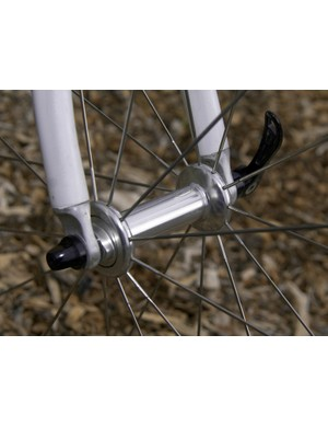 Zipp completely redesigned its hubs for 2009 and Parbo has one of the first sets of 404 tubular wheels