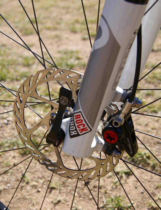 Avid's Juicy Ultimate hydraulic disc brakes were used front and rear, along with an Avid 160mm stainless steel front rotor and Stan's NoTubes coated aluminum 140mm rear rotor.
